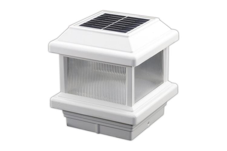 home solar lights lake lite 4x4 solar post cap light with lens. Black Bedroom Furniture Sets. Home Design Ideas